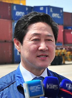유기준 해양수산부 장관.jpg