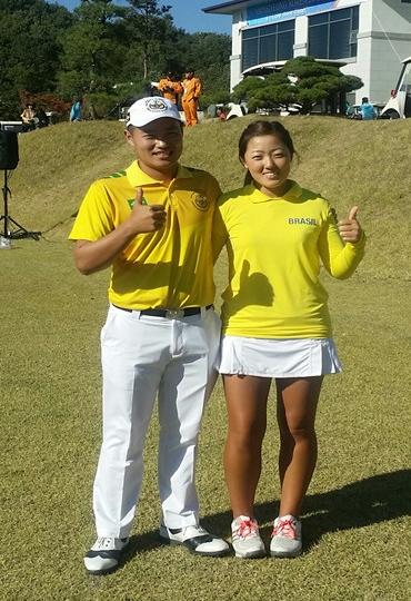 한국계 브라질 골프 남매 선수.jpg