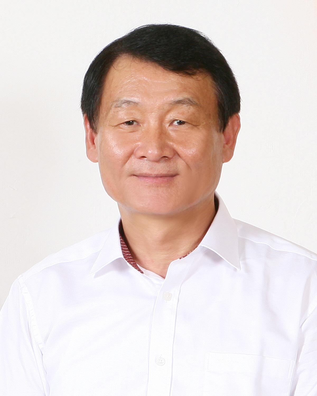 윤종석 새경북포럼 구미지역 위원 정치학박사.jpg