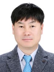 유중섭 청송군선관위 사무과장.jpeg