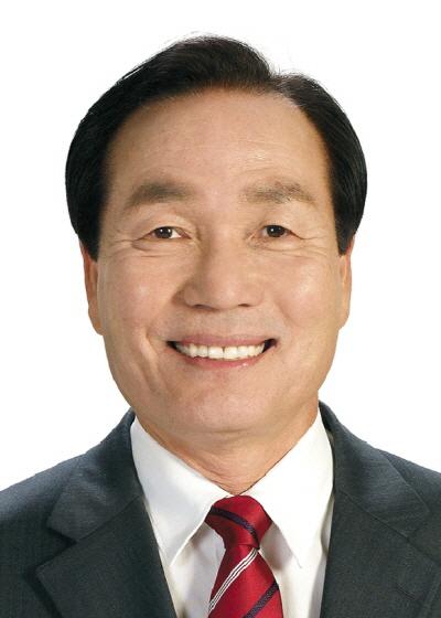 김주수 의성군수.jpg
