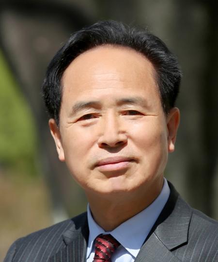 배연일 창원대학교 특수교육과 외래교수·시인.jpg