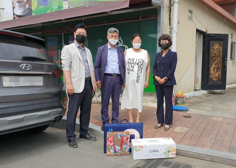 청도경찰서·보안자문협의회, 탈북민에 추석명절 선물세트·격려금 전달