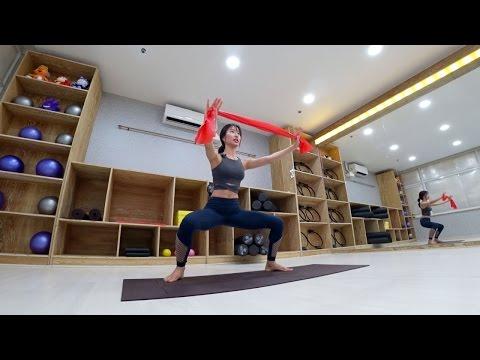 [3분 필라테스] 비키니 몸매 만들기 - (4)하체운동(와이드스쿼트&크로스 런지)